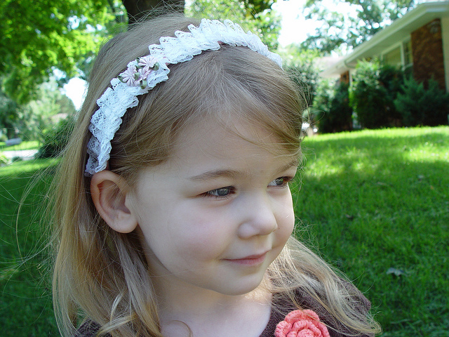 Pleated Lace Headband