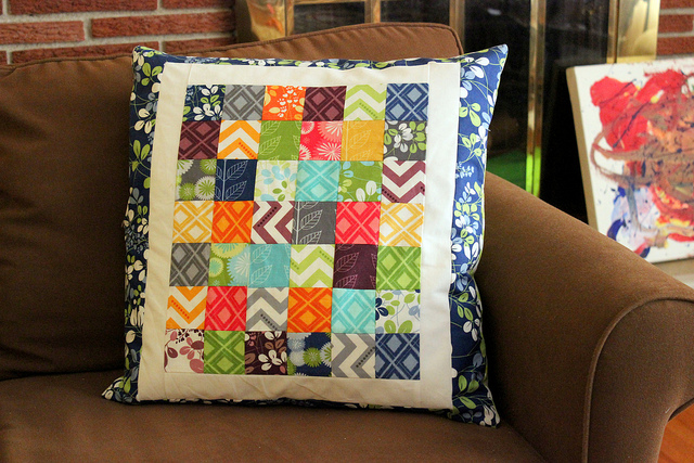 simply color. simple pillow