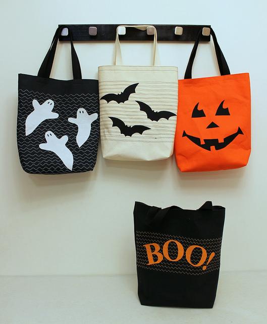 Halloween totes