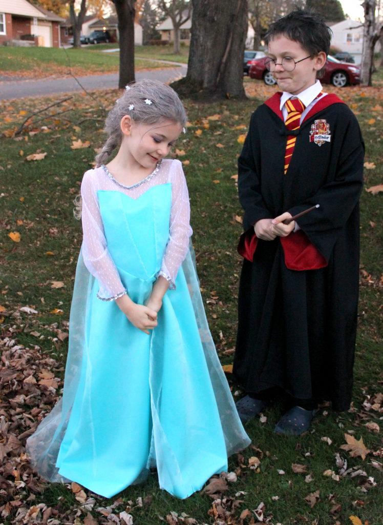 Elsa and Harry potter - Halloween